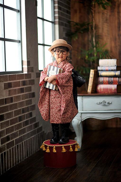 七五三3歳:着物/赤+ベレー帽