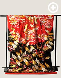 色打掛:赤と黒のコントラストがモダンな格好良い1着。鶴がたくさん!