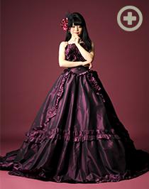 カラードレス:ゴージャスな雰囲気のバイオレット
