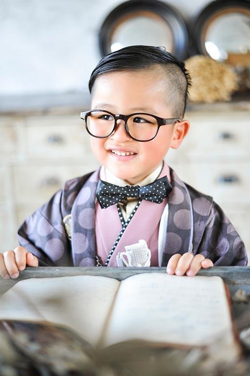 七五三5歳:着物/紫ドット