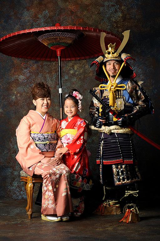 七五三家族写真:親子鎧兜(甲冑)