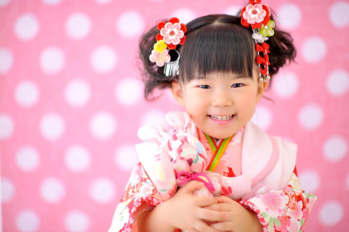 七五三3歳:着物/ピンク×赤