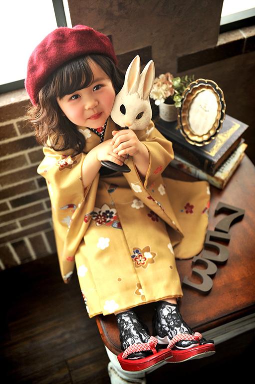 七五三3歳:着物/黄色+帯スタイル+ベレー帽
