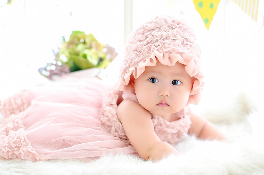 赤ちゃんカジュアル衣裳:ピンクドレス(帽子付き)
