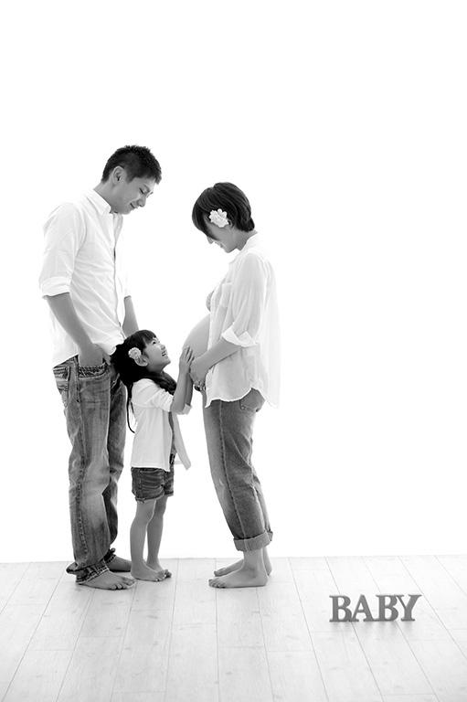 マタニティフォト:家族写真/モノクロ(白黒)