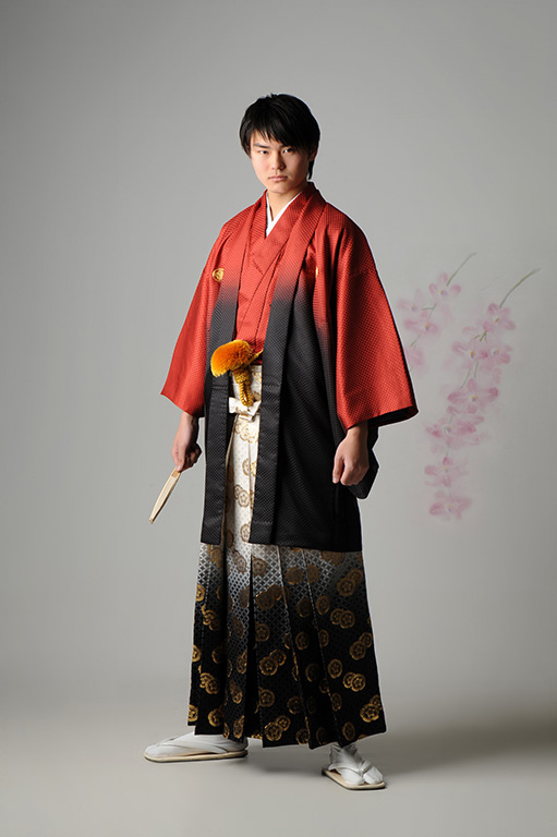 成人男性写真:羽織袴/赤