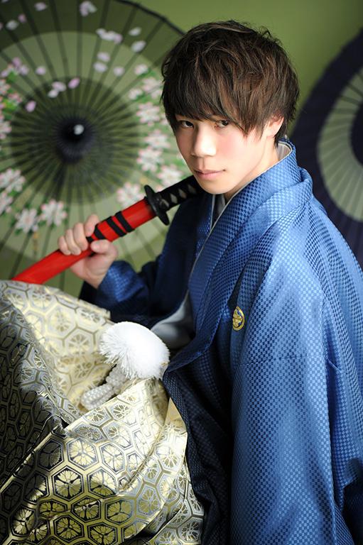 成人男性写真:羽織袴/青