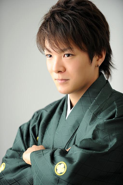 成人男性写真:羽織袴/緑