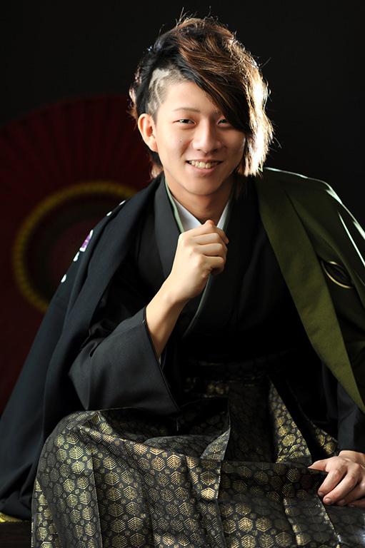 成人男性写真:羽織袴/緑×黒