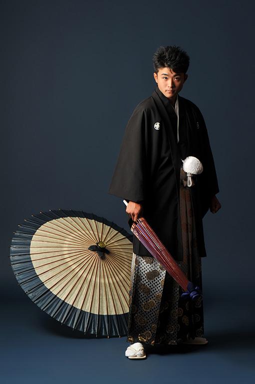 成人男性写真:羽織袴/黒