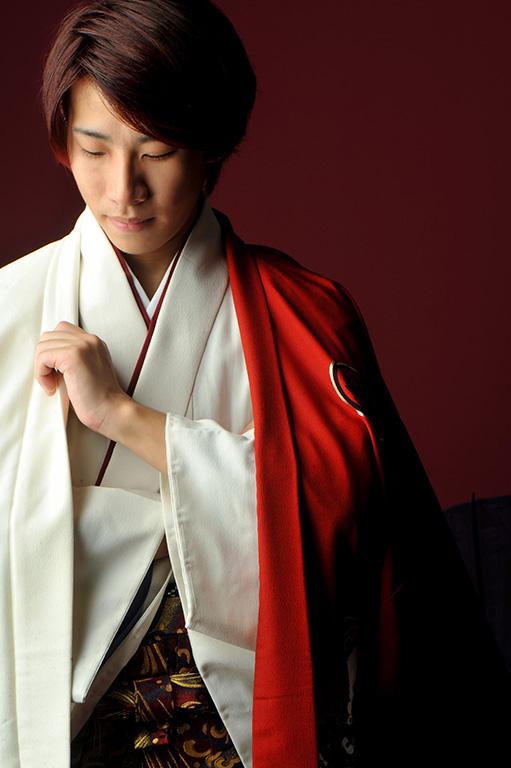 成人男性写真:羽織袴/白×赤
