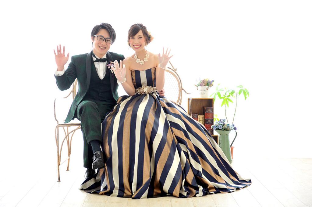 ウエディングフォト:カラードレス/紺×ゴールド