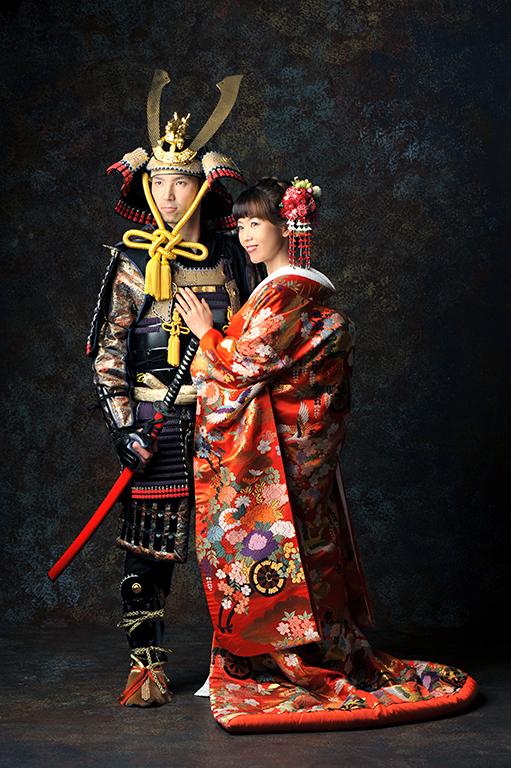 アニバーサリーウエディング(結婚記念):和装/色打掛×鎧兜